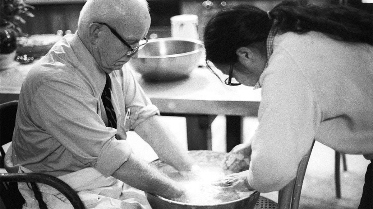 Buckminster Fuller with Asawa in later years
